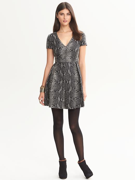 Banana Republic Heritage Textured Fit And Flare Dress - Black combo - Banana Republic Canada