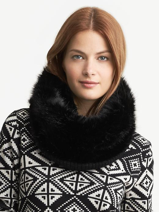 Banana Republic Faux Fur Trim Neckwarmer - Black - Banana Republic Canada