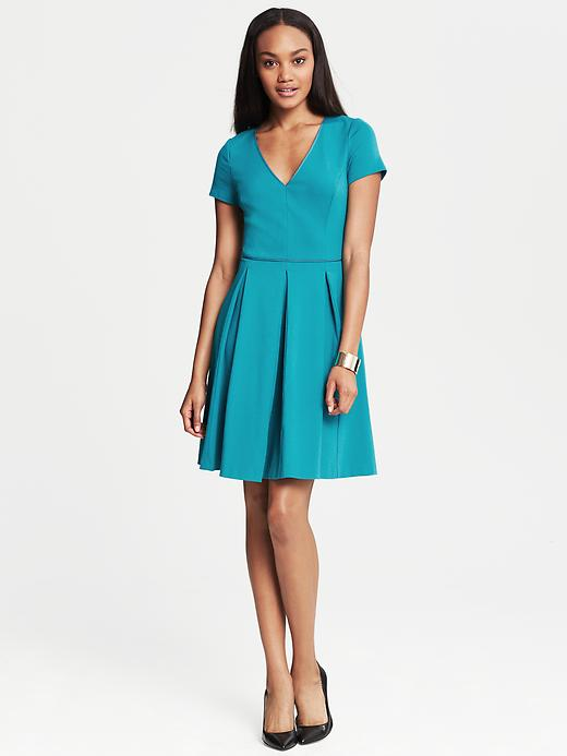 Banana Republic Ponte Pleated Fit And Flare Dress - Winter sea - Banana Republic Canada
