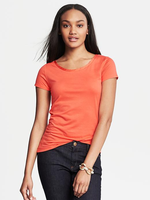 Banana Republic Luxe Touch Piped Tee - Cantaloupe - Banana Republic Canada