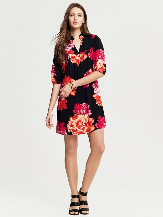 Banana Republic Bold Floral Riviera Dress - Pink lipstick - Banana Republic Canada
