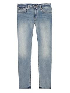 Skinny Rapid Movement Denim Light Wash Jean