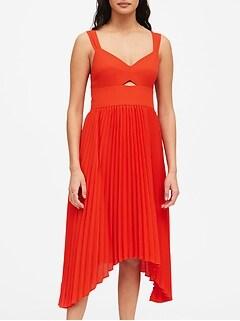 Sweetheart Pleated Midi Dress