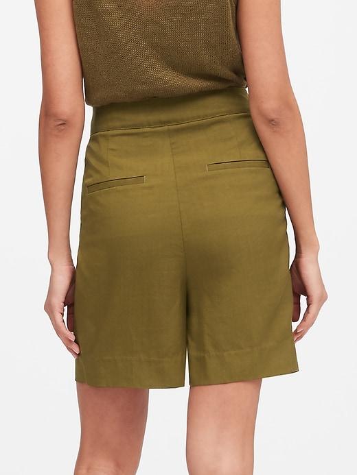 "Petite High-Rise 6"" TENCEL&#153 Short"