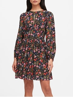 Petite Floral Keyhole Mini Dress