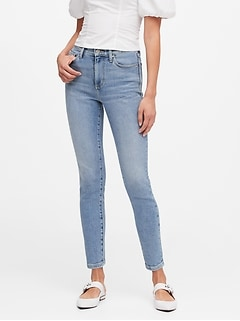 Petite High-Rise Straight Jean