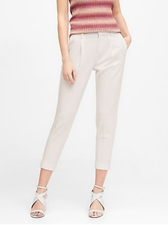 High-Rise Tapered Pant