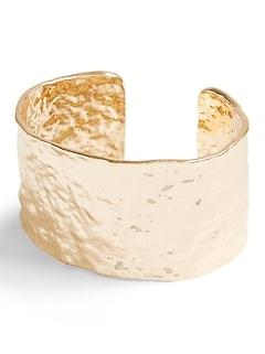 Bracelet manchette en métal effet froissé