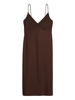 Wrinkle-Resistant Tie-Back Dress