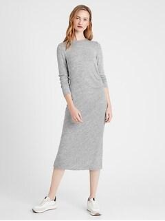 Robe à côtés froncés en tricot moelleux