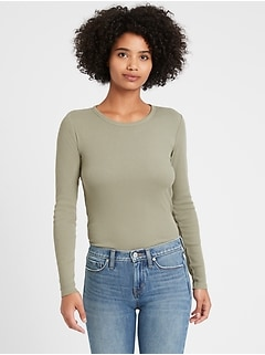 Fitted Ribbed Long-Sleeve T-Shirt