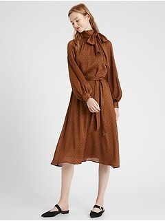 Petite Crinkle Midi Dress