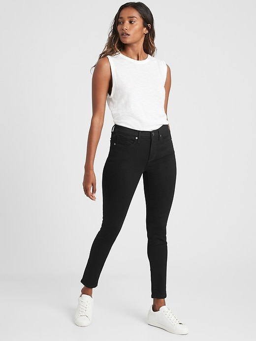 High-Rise Legging Ankle Jean