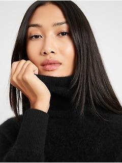 Brushed Cashmere Turtleneck Sweater