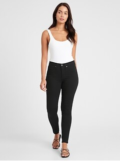 Curvy Mid-Rise Skinny Fade-Resistant Jean