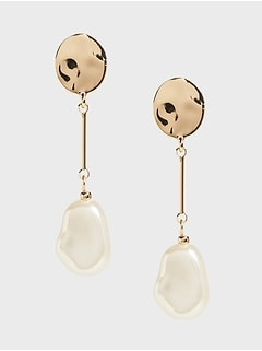 Round Post Linear Pearl Earrings