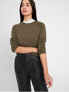 Petite Seamless Merino Crew-Neck Sweater in Responsible Wool