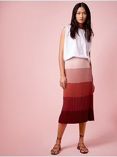 Ombré Pleated Sweater Skirt