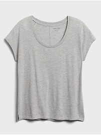 Scoop-Neck Legging T-Shirt