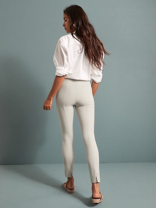 High-Rise Skinny-Fit Luxe Sculpt Pant